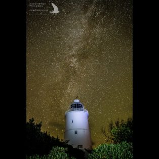 St Agnes lighthouse under the milky way